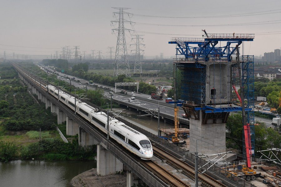 Newest data: China's fixed-asset investment in transport up 7.1% in 2020
