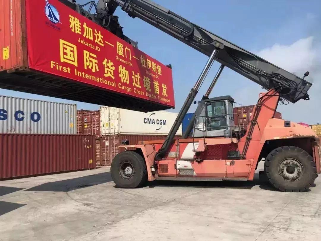 Freight trains in Xiamen are gaining steam