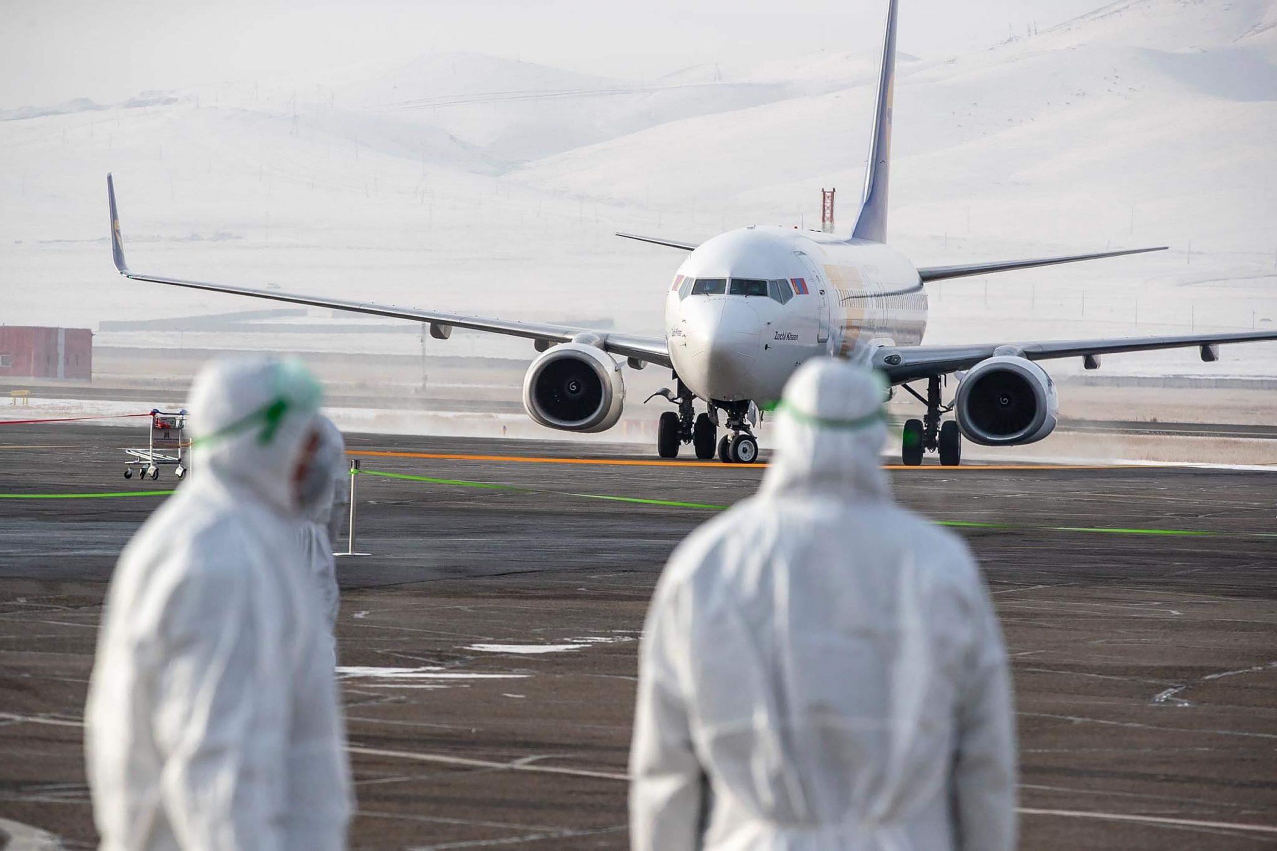 China adjusts plans for international passenger flights