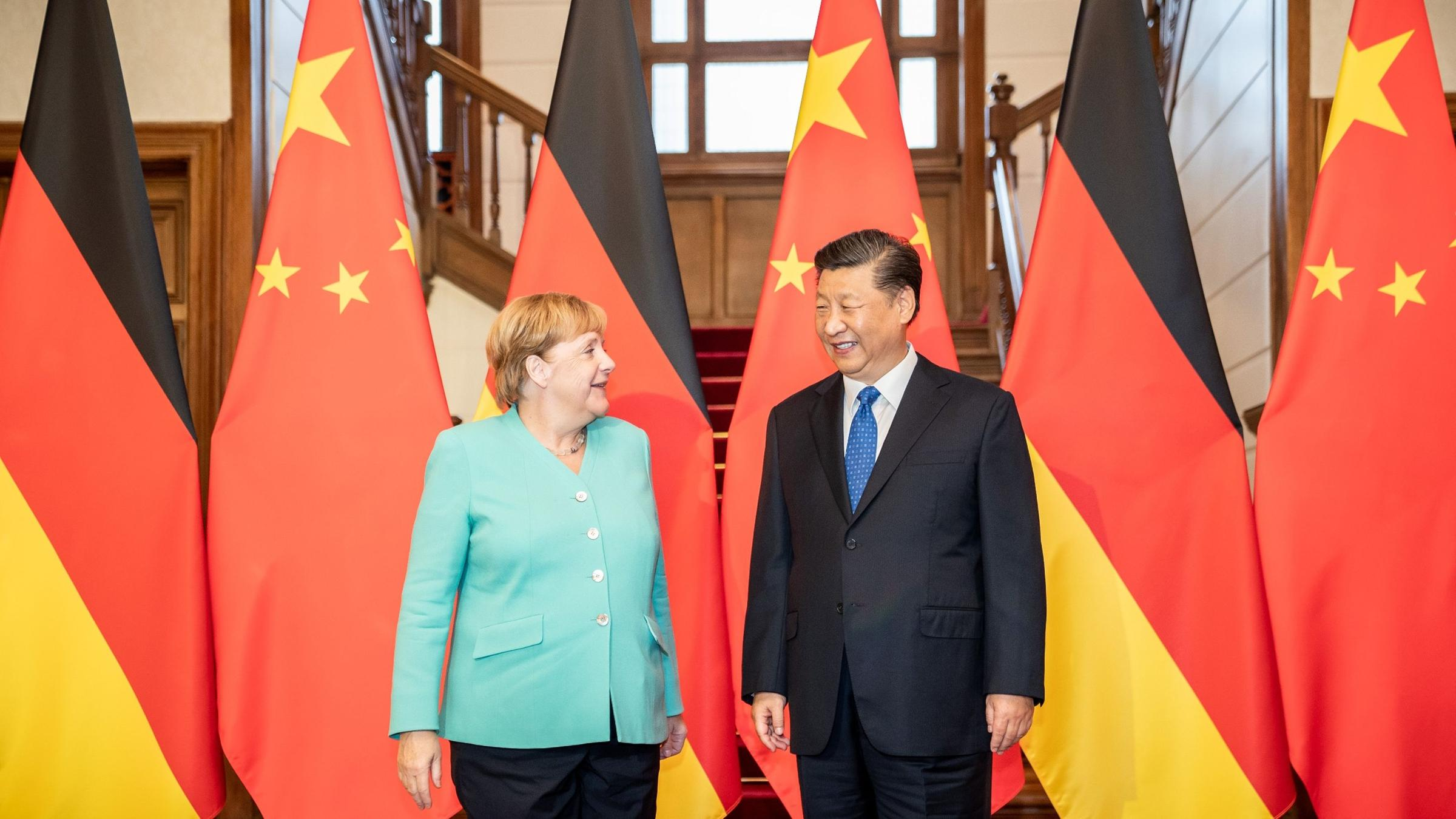 Merkel and Xi in phone conversation: China, Germany, EU work together to create more global certainty