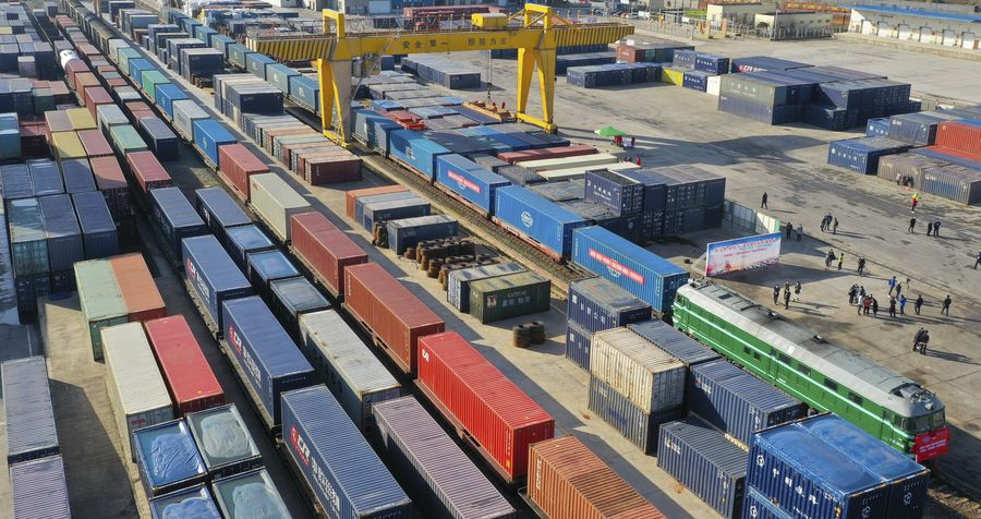China-Europe freight trains record 36% surge in trips