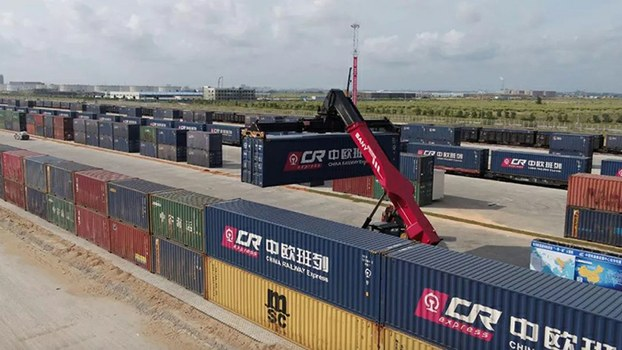 China's cargo transport back to normal growth