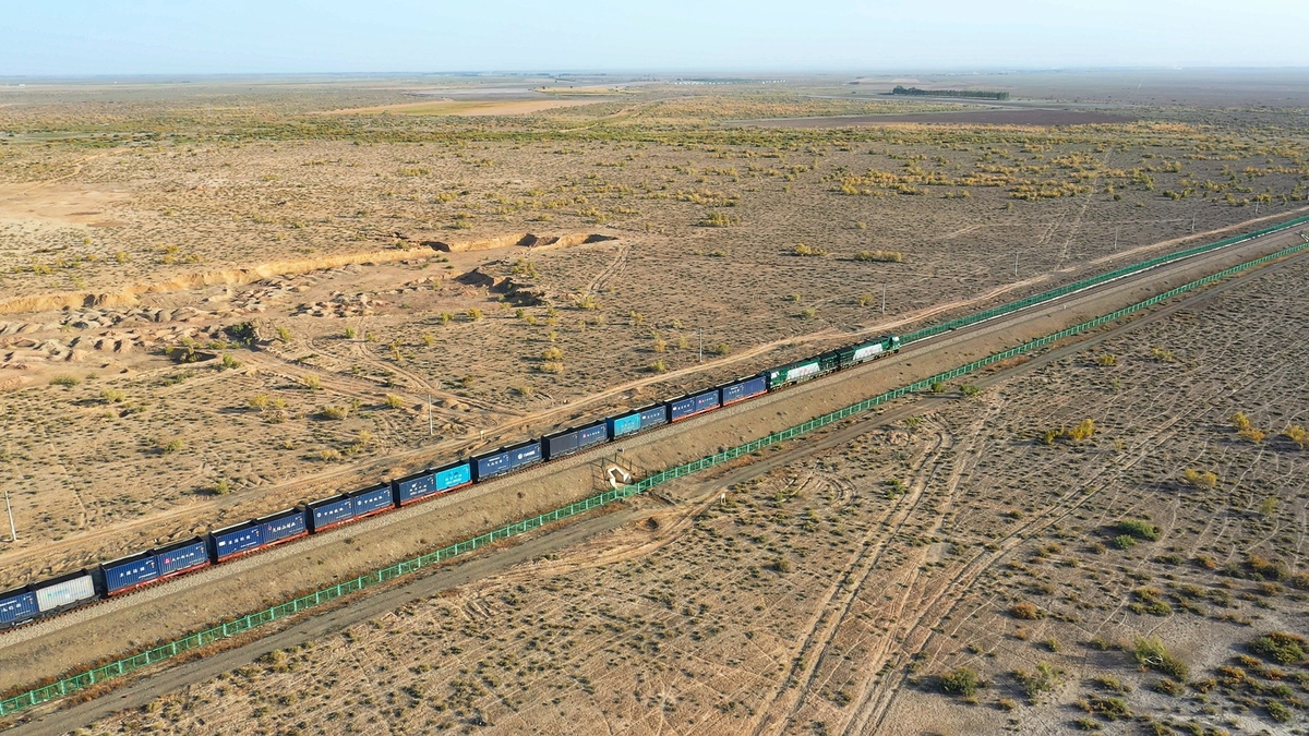 China-Europe freight trains up 68% in July