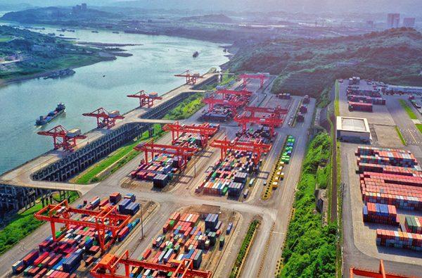 Land-sea corridor plays vital role in accelerating shipments