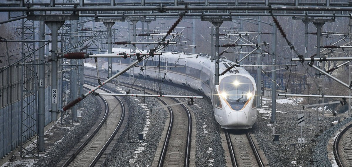 China's transport regulators envision network of roads, railways, waterways and air routes