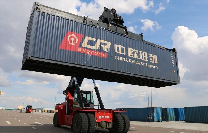 China-Mongolia border port handles over 2,000 China-Europe freight trains