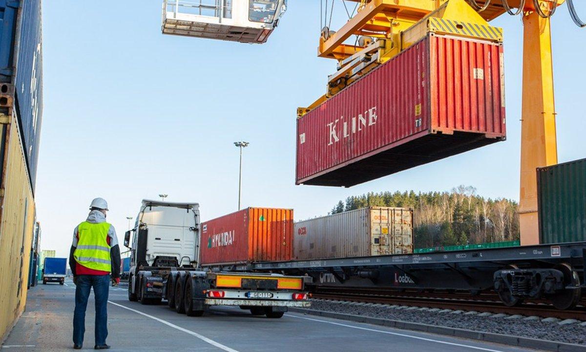 China railway operator denies suspending trains to Lithuania