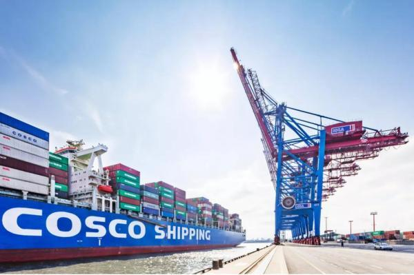 New strategic alliance between COSCO and HHLA will further improve the throughput of Hamburg Port