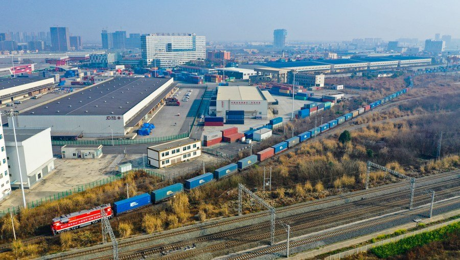 China-Europe freight train(Chengdu) launches new freight train route to Poland